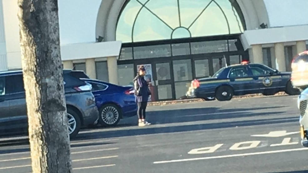 Crossgates mall near Albany reopens one day after shooting, suspect